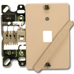 Suttle 6-Conductor Wallplate with Quick Connect & Plastic Cover Plate